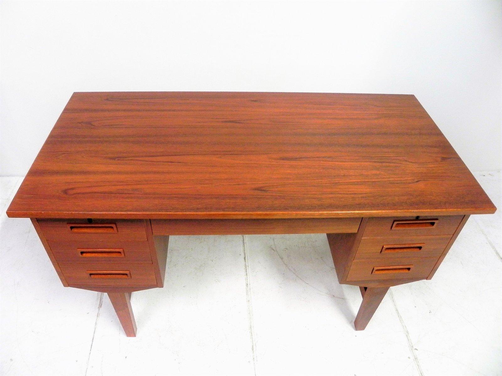 skandinavischer vintage teak schreibtisch bei pamono kaufen. Black Bedroom Furniture Sets. Home Design Ideas