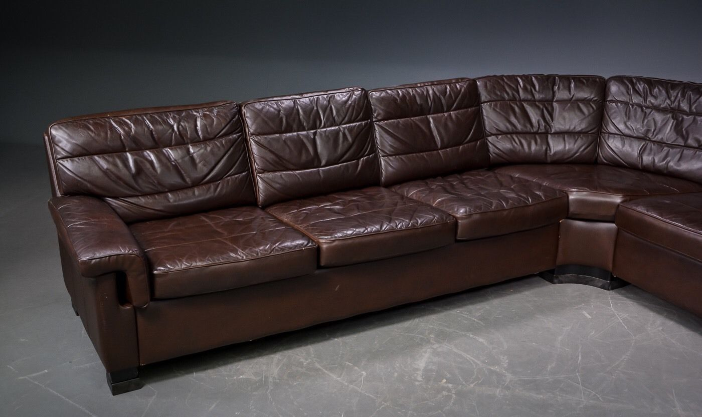 d nisches vintage ecksofa aus braunem leder bei pamono kaufen. Black Bedroom Furniture Sets. Home Design Ideas