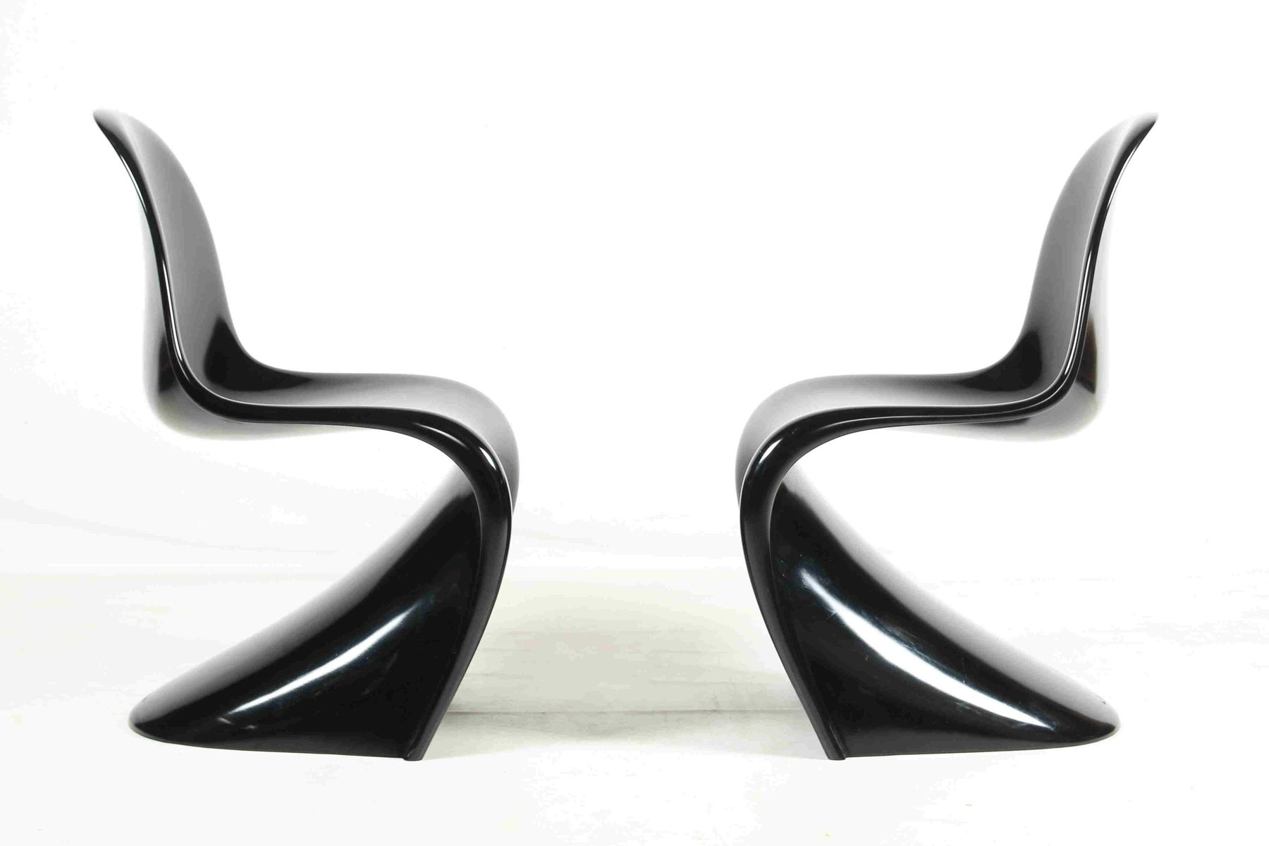 polyurethan st hle in schwarz von verner panton f r wk. Black Bedroom Furniture Sets. Home Design Ideas