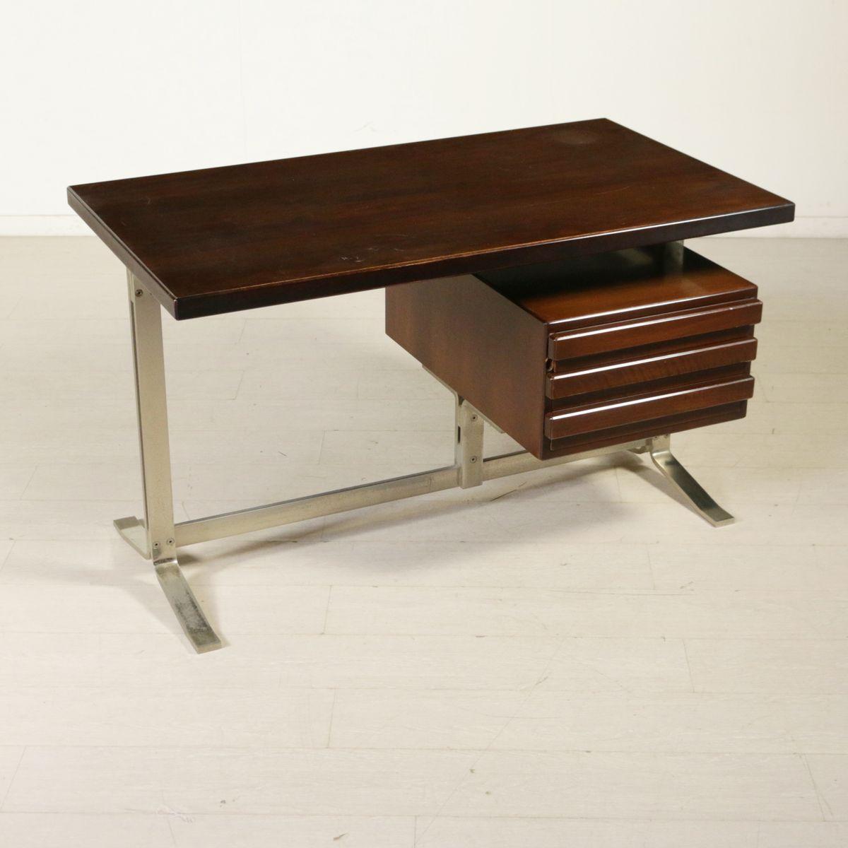 vintage schreibtisch aus walnuss furnier verchromtem. Black Bedroom Furniture Sets. Home Design Ideas