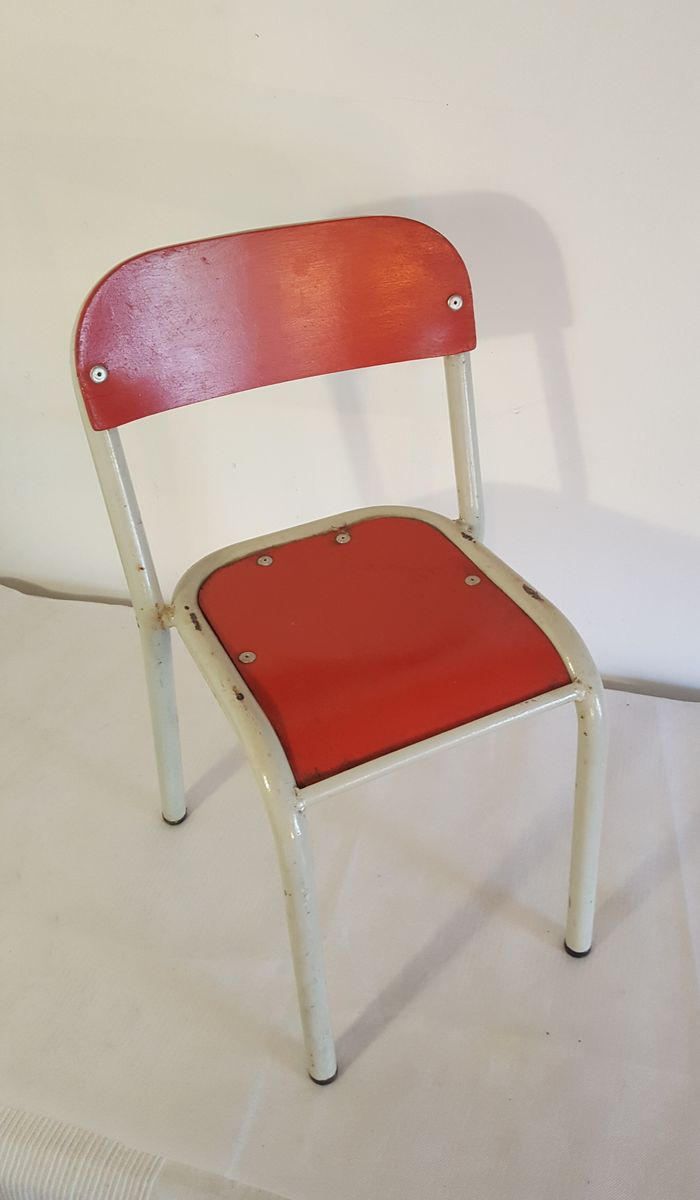 Vintage children 39 s chair in red white for sale at pamono for White childrens chair