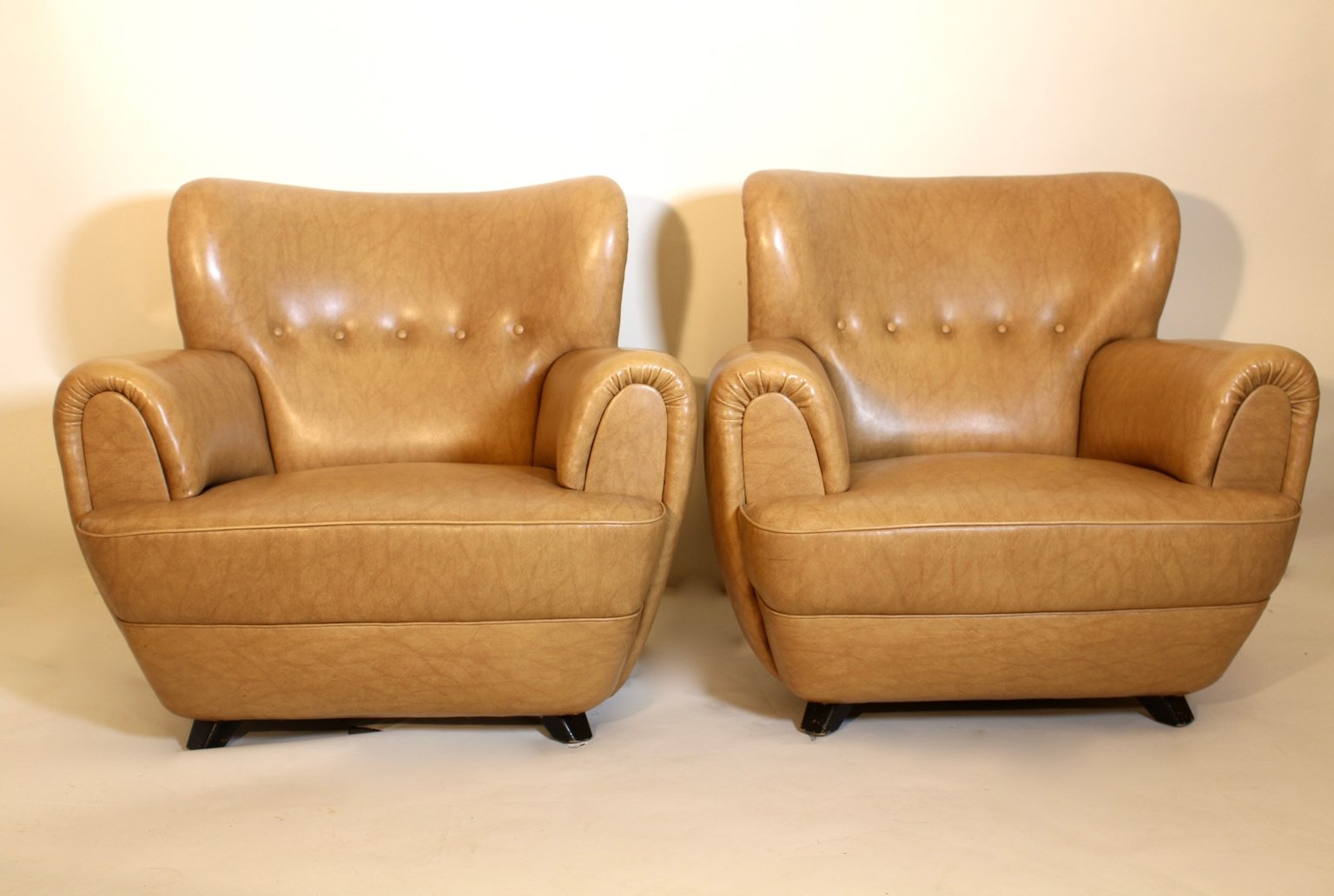 Club Chairs By Guglielmo Ulrich 1940s Set Of 2 For Sale At Pamono