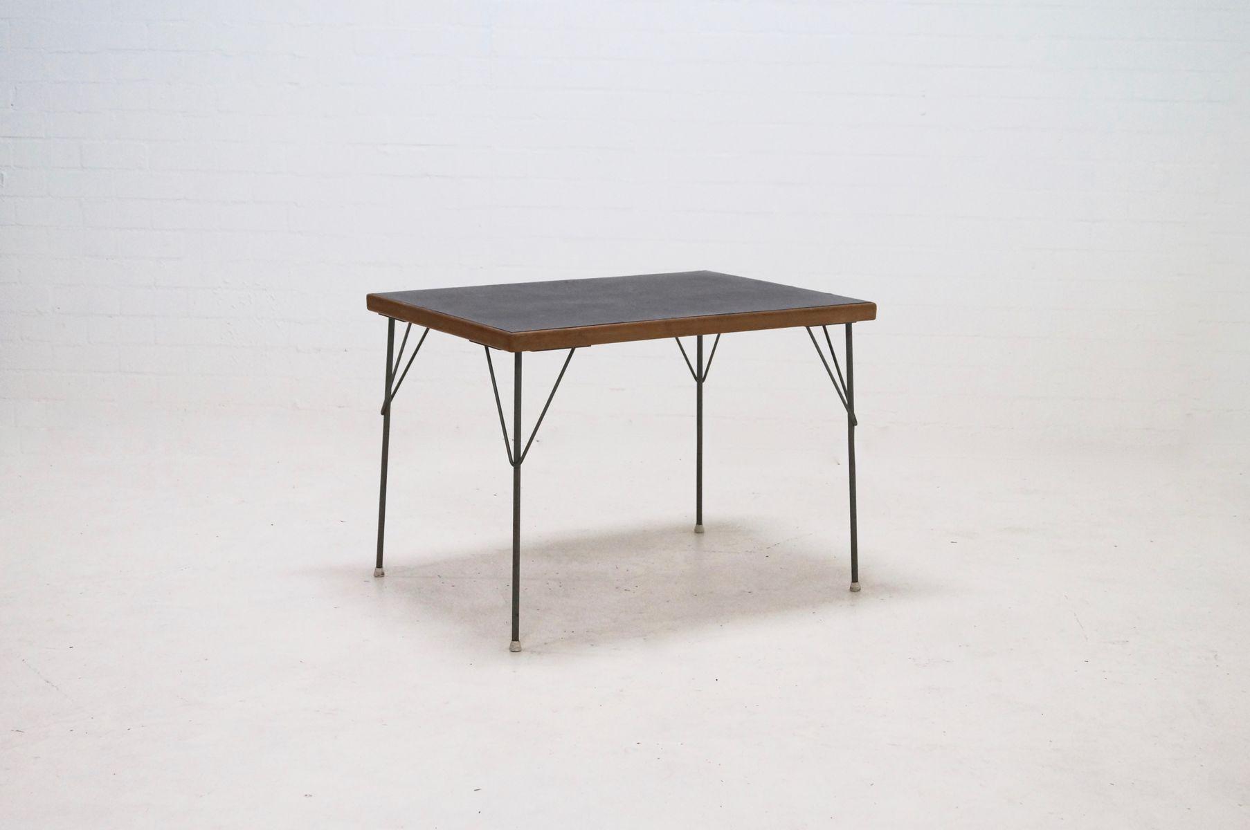 Table de salle manger 530 par rietveld cordemeijer for Salle a manger 1950