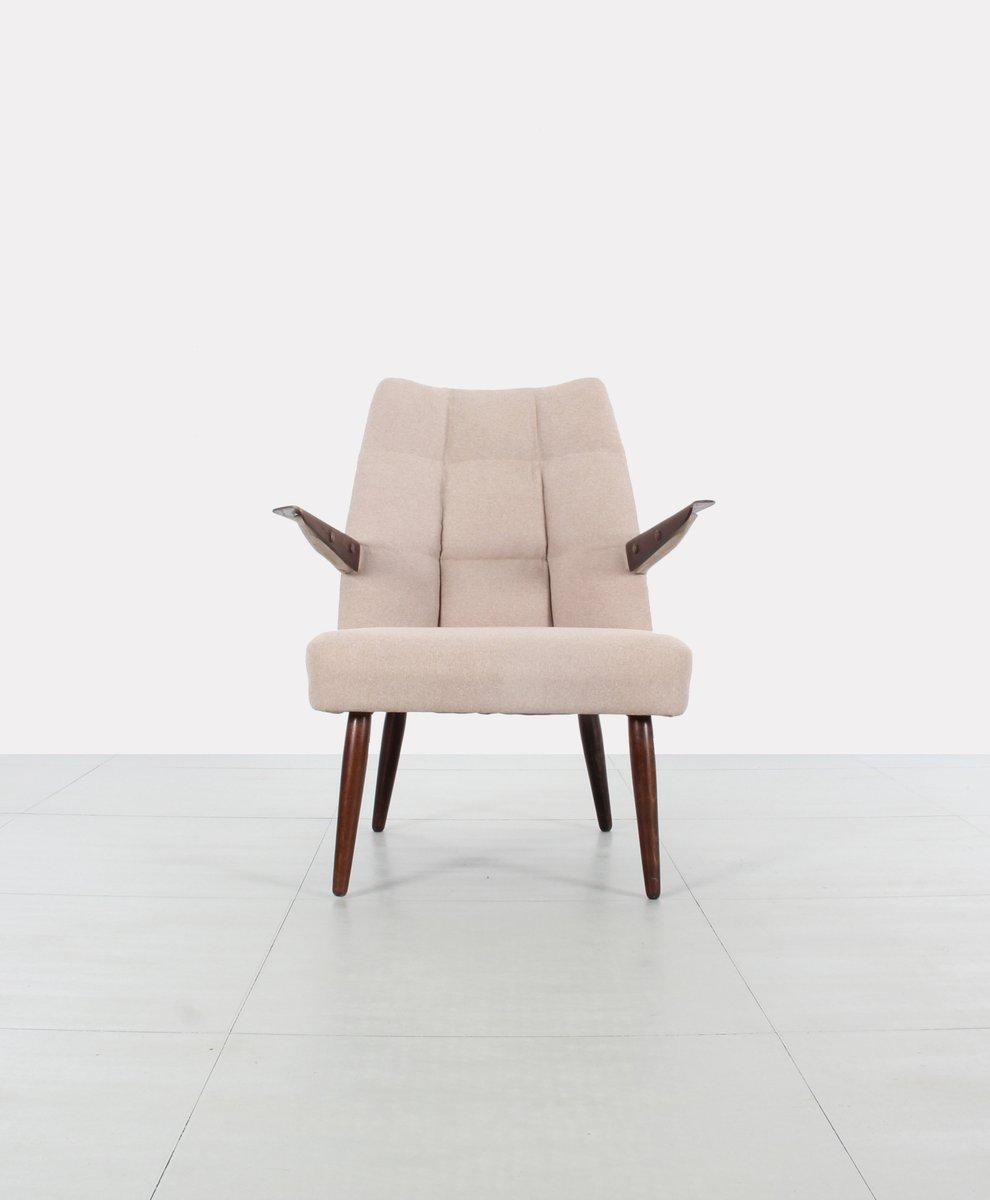 tschechischer sessel mit kn pfen 1950er bei pamono kaufen. Black Bedroom Furniture Sets. Home Design Ideas