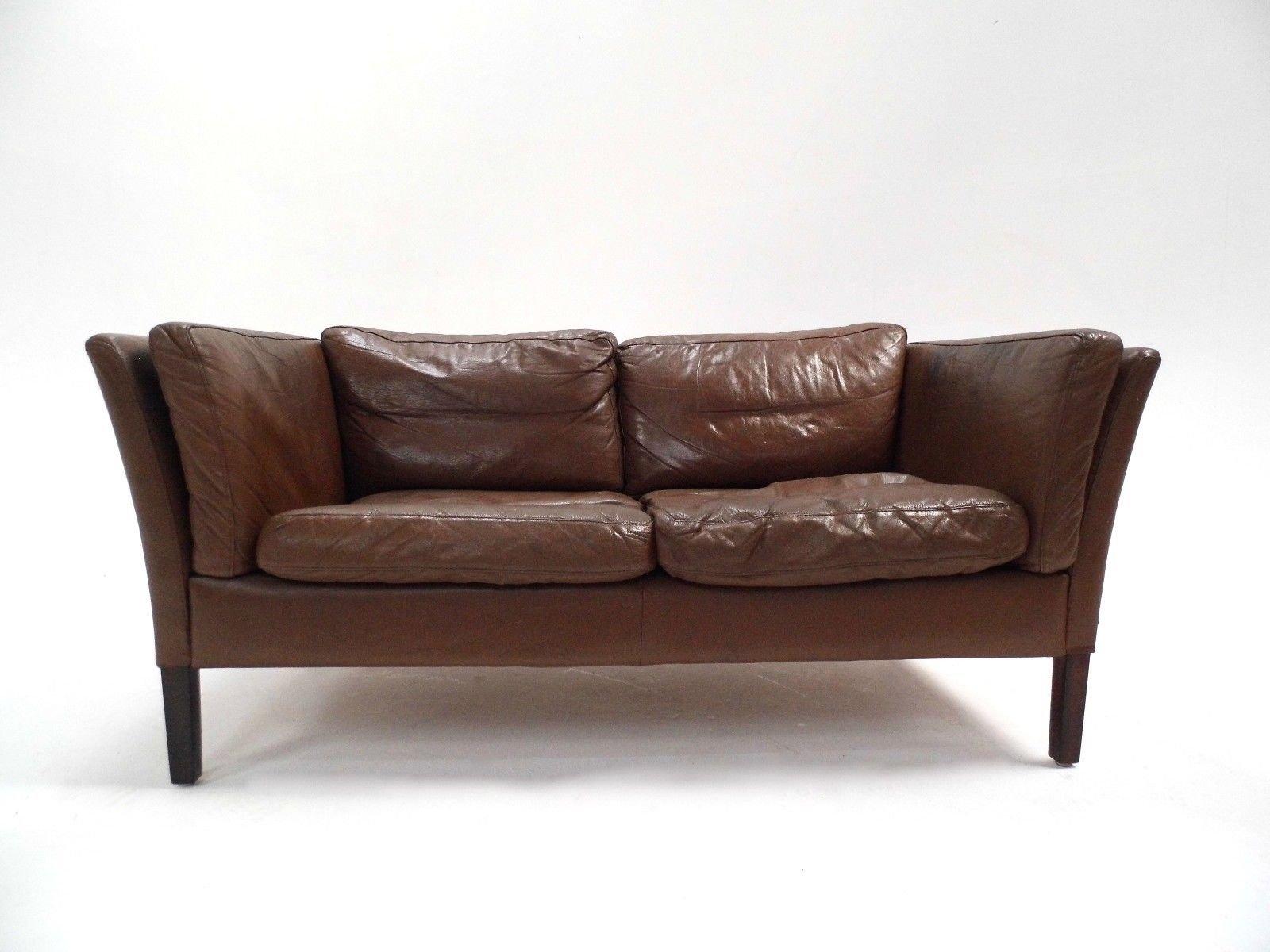 d nisches braunes zwei sitzer ledersofa 1960er bei pamono. Black Bedroom Furniture Sets. Home Design Ideas