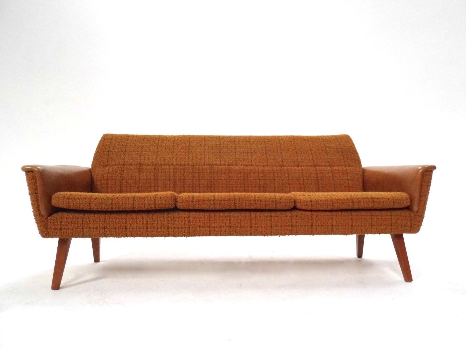 canap trois places scandinave en laine orange jaune et vinyle 1960s en vente sur pamono. Black Bedroom Furniture Sets. Home Design Ideas