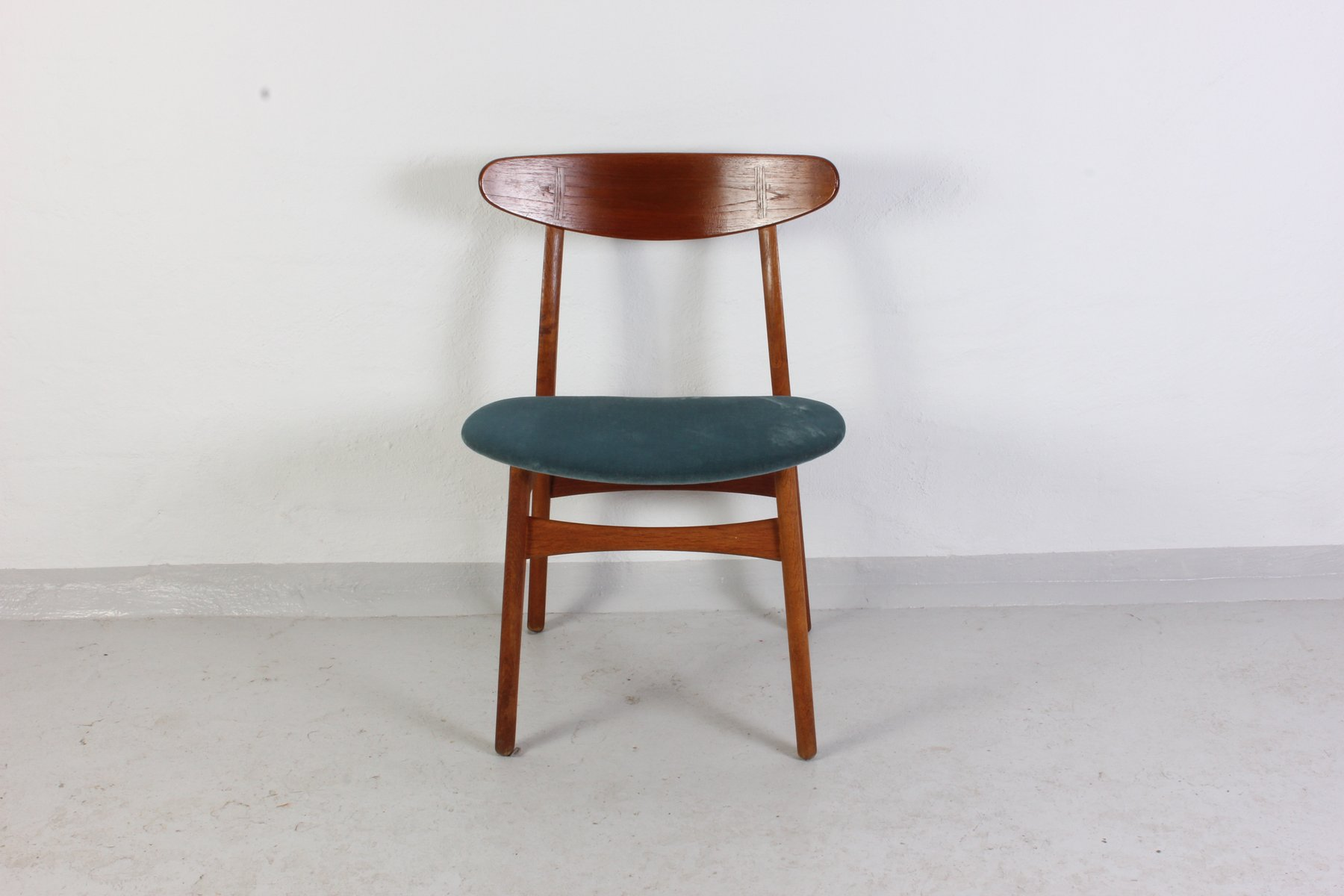 CH 30 Chair by Hans J Wegner for Carl Hansen & S¸n for sale at Pamono