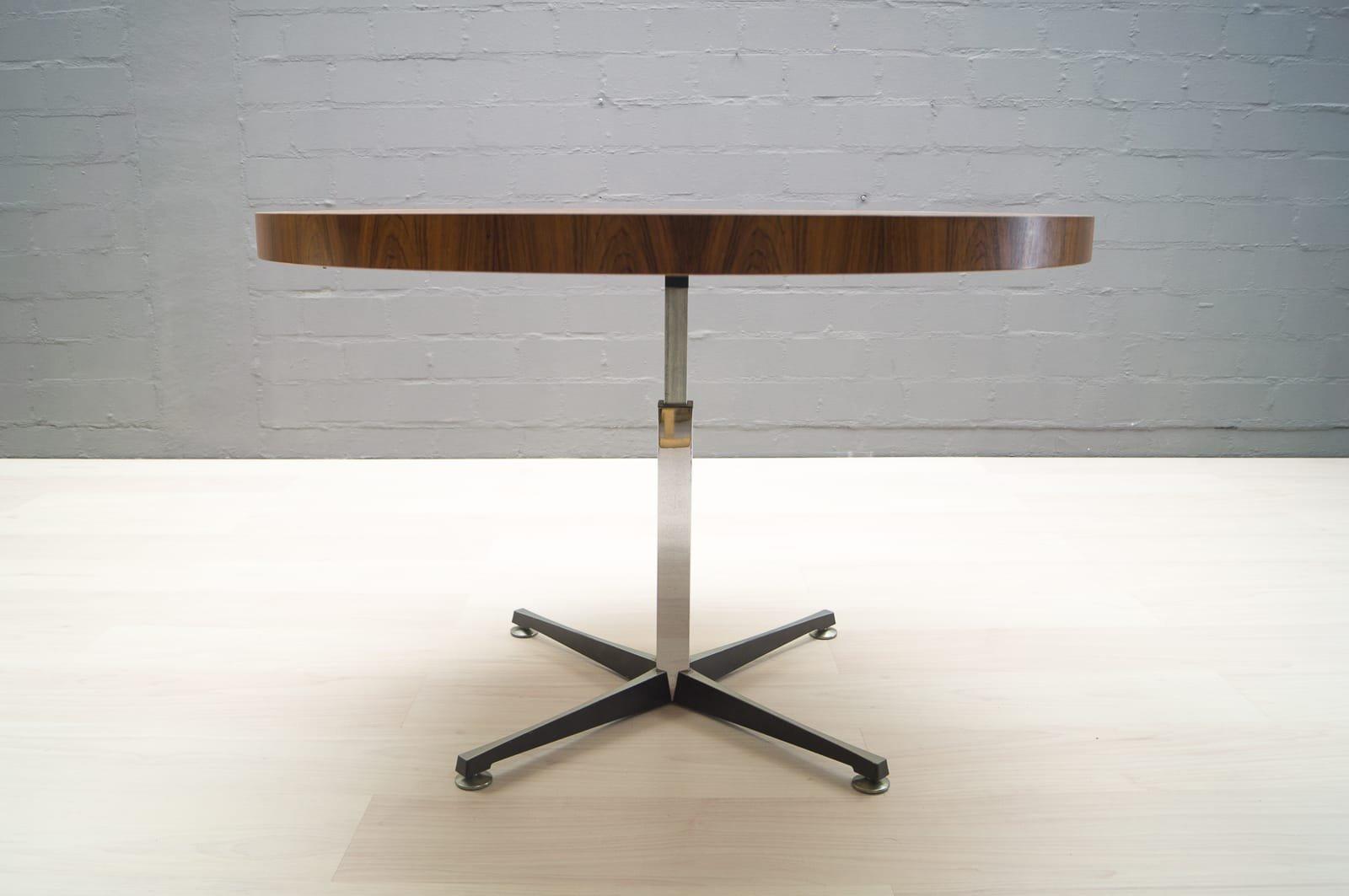 Altezza tavoli da pranzo good altezza tavoli da pranzo for Altezza tavolo pranzo