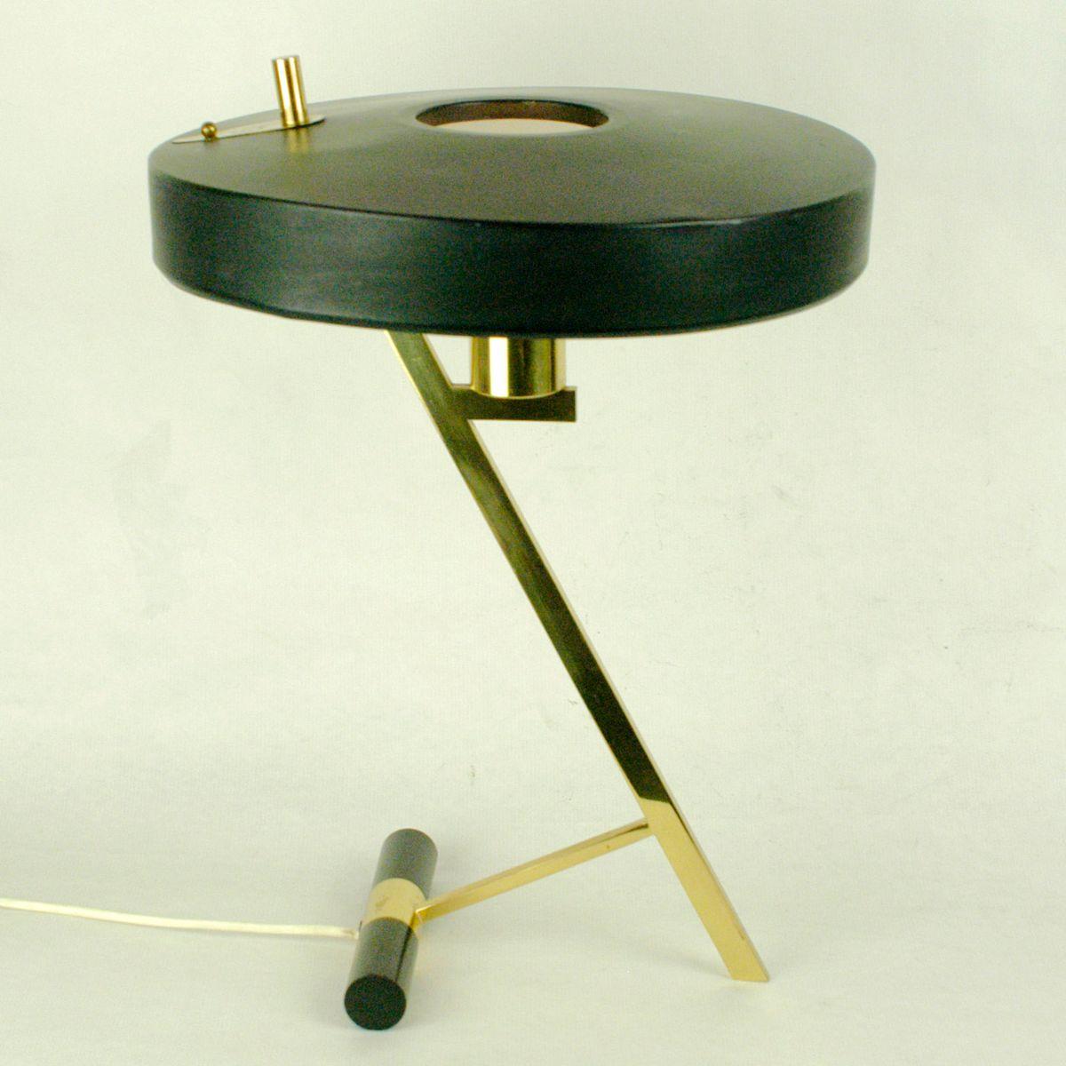 lampe de bureau mid century en laiton noir par louis kalff pour philips 1950s en vente sur pamono. Black Bedroom Furniture Sets. Home Design Ideas