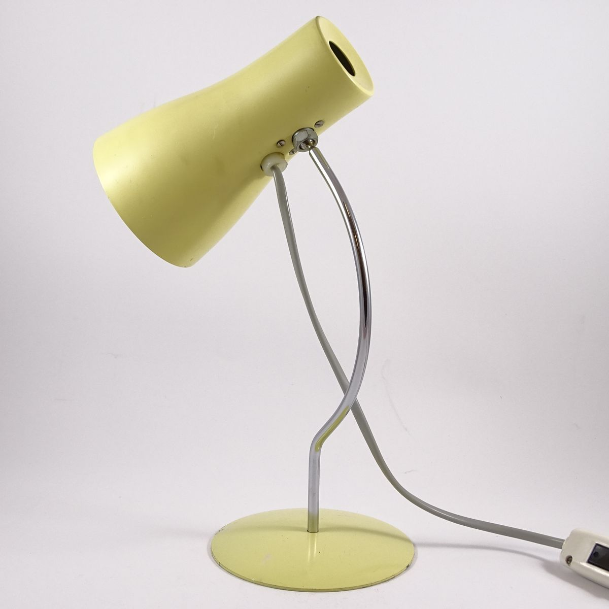 Type 1633 table lamp by josef h rka for napako 1960s for Types of table lamps