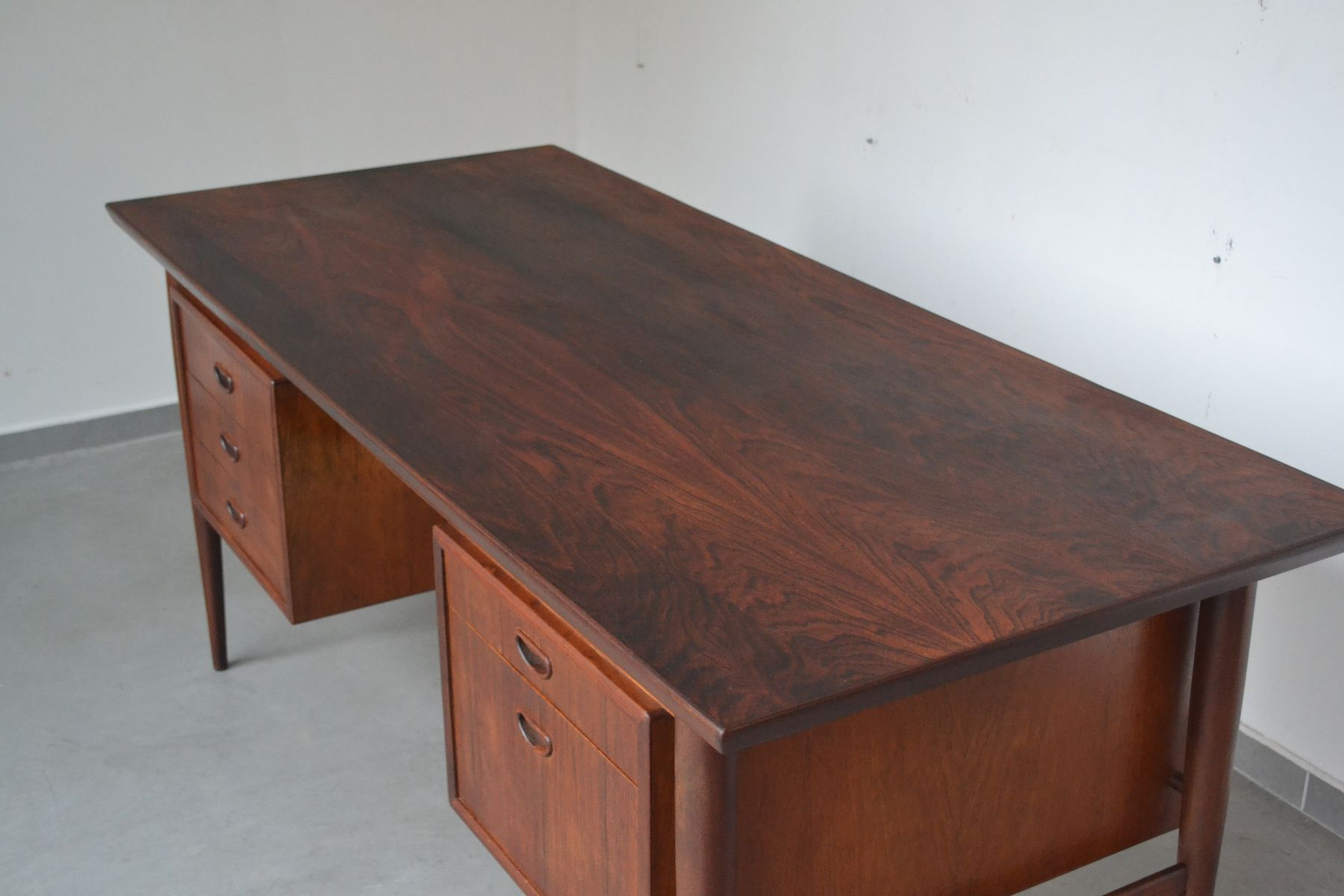 palisander schreibtisch von oswald vermaercke f r v form. Black Bedroom Furniture Sets. Home Design Ideas