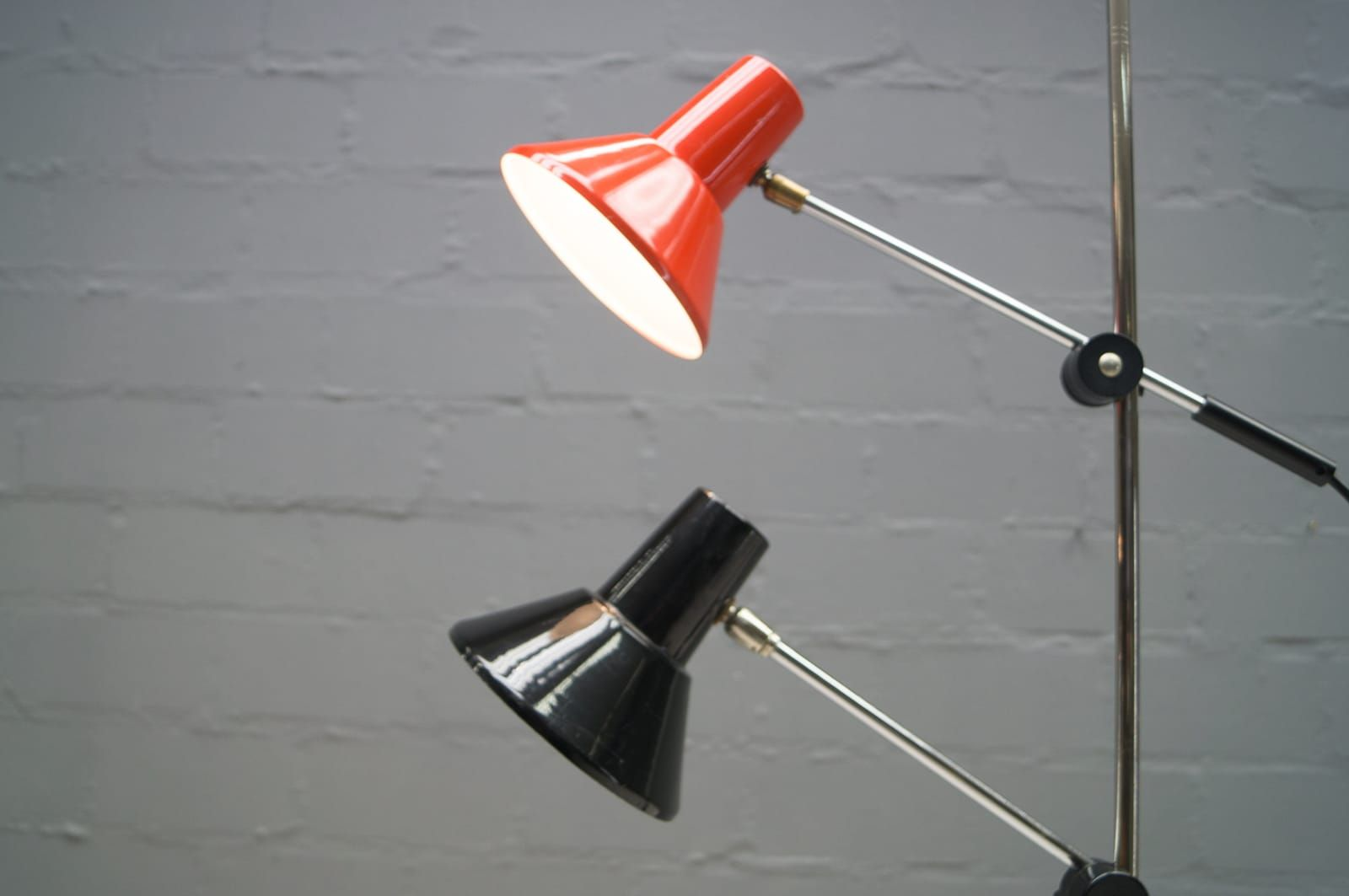 adjustable space age floor lamp 1970s for sale at pamono. Black Bedroom Furniture Sets. Home Design Ideas