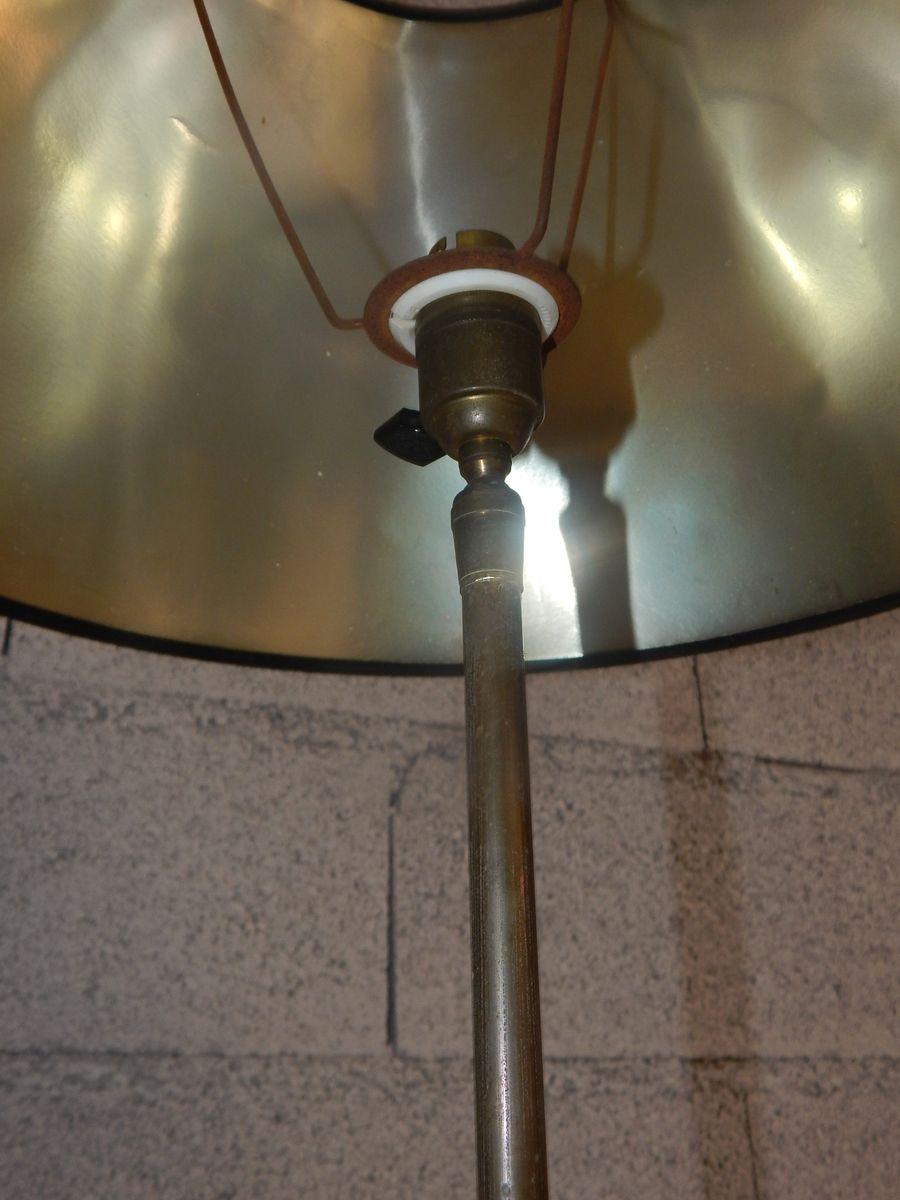 Vintage stehlampe mit zwei ablagen bei pamono kaufen for Stehlampe mit kristallen