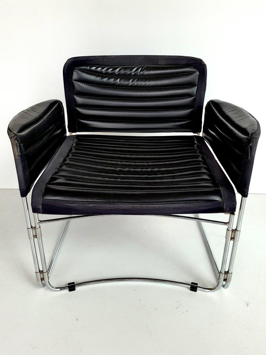 Armlehnstuhl aus chrom schwarzem kunstleder 1970er bei for Armlehnstuhl kunstleder