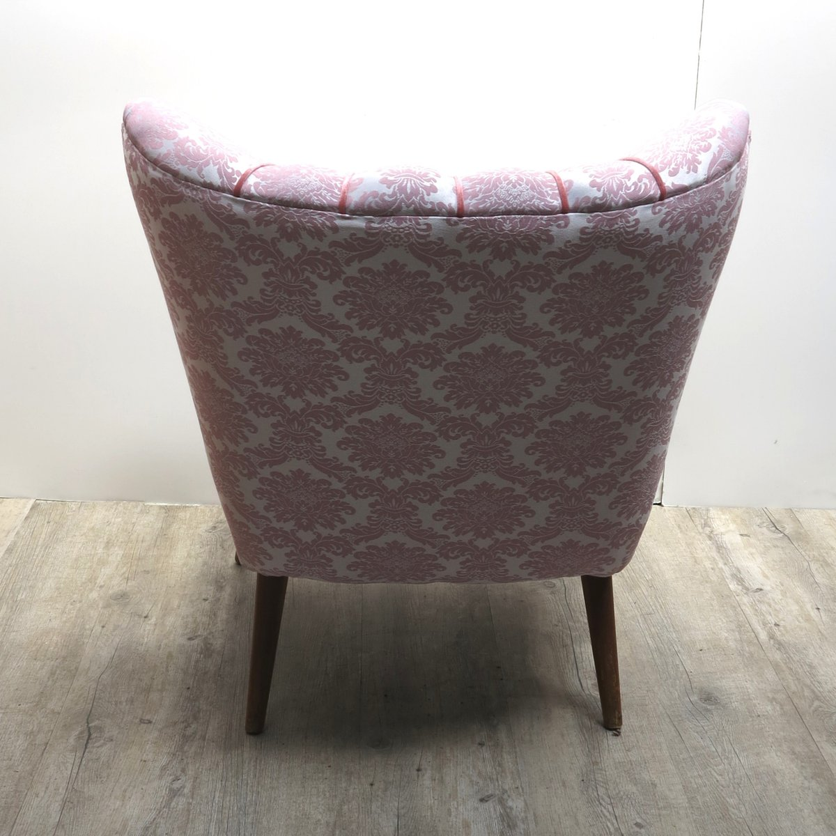 Mid Century Pink Cocktail Chair With Wooden Legs For Sale At Pamono