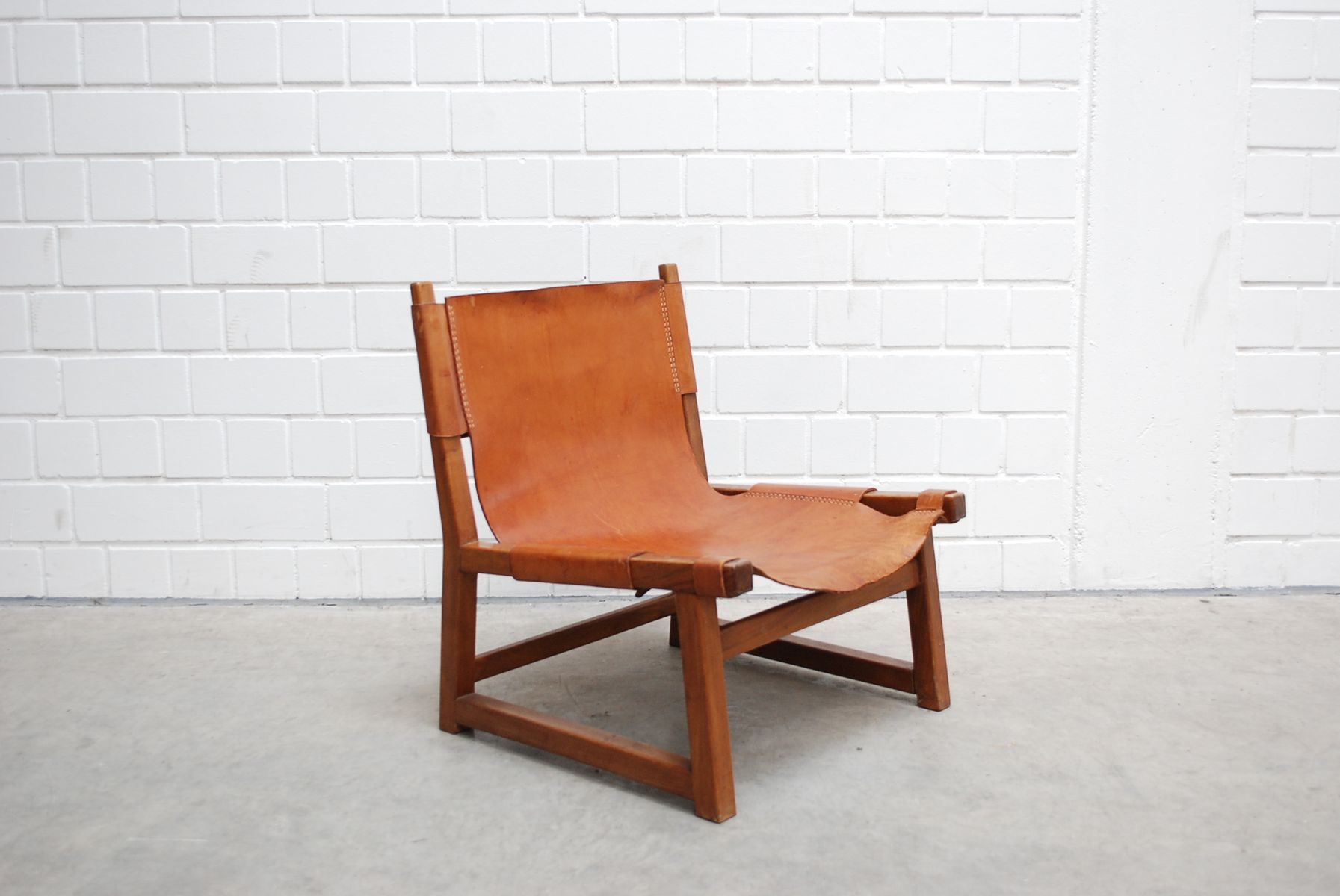 Mid Century Cognac Leather Hunting Chairs Set Of 2 For