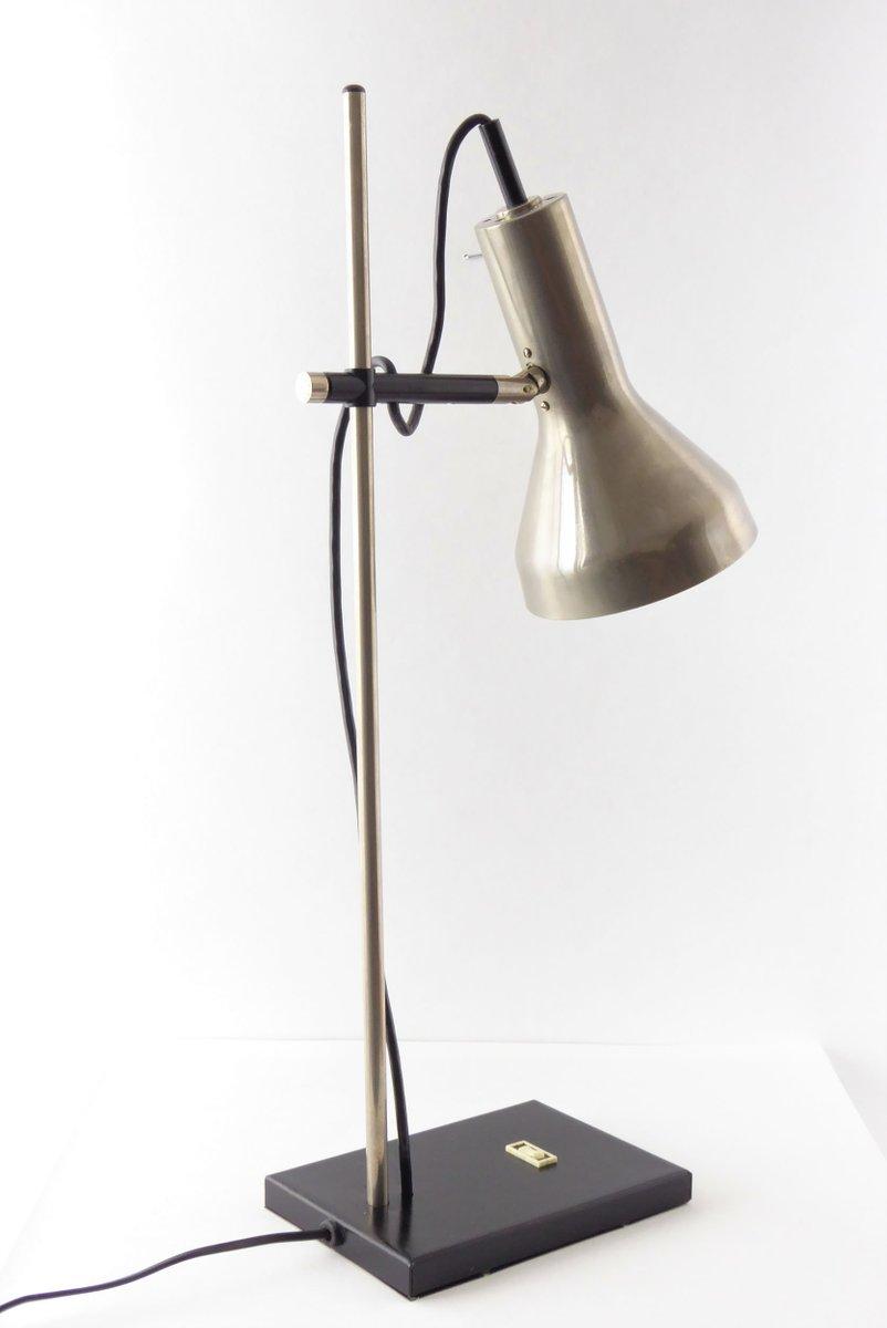 industrielle schwarze verchromte metall lampe 1960er bei pamono kaufen. Black Bedroom Furniture Sets. Home Design Ideas