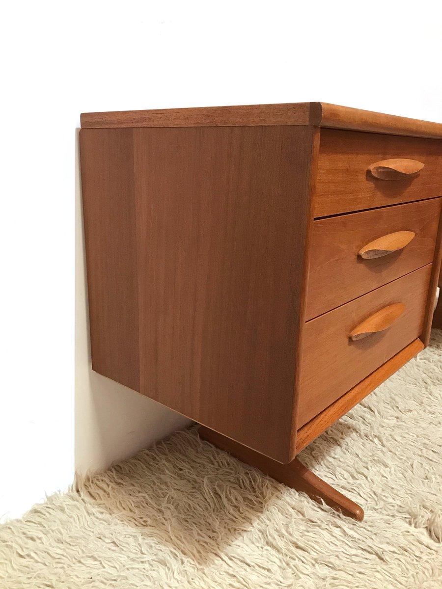 mid century schreibtisch mid century schreibtisch bei pamono kaufen mid century schreibtisch. Black Bedroom Furniture Sets. Home Design Ideas