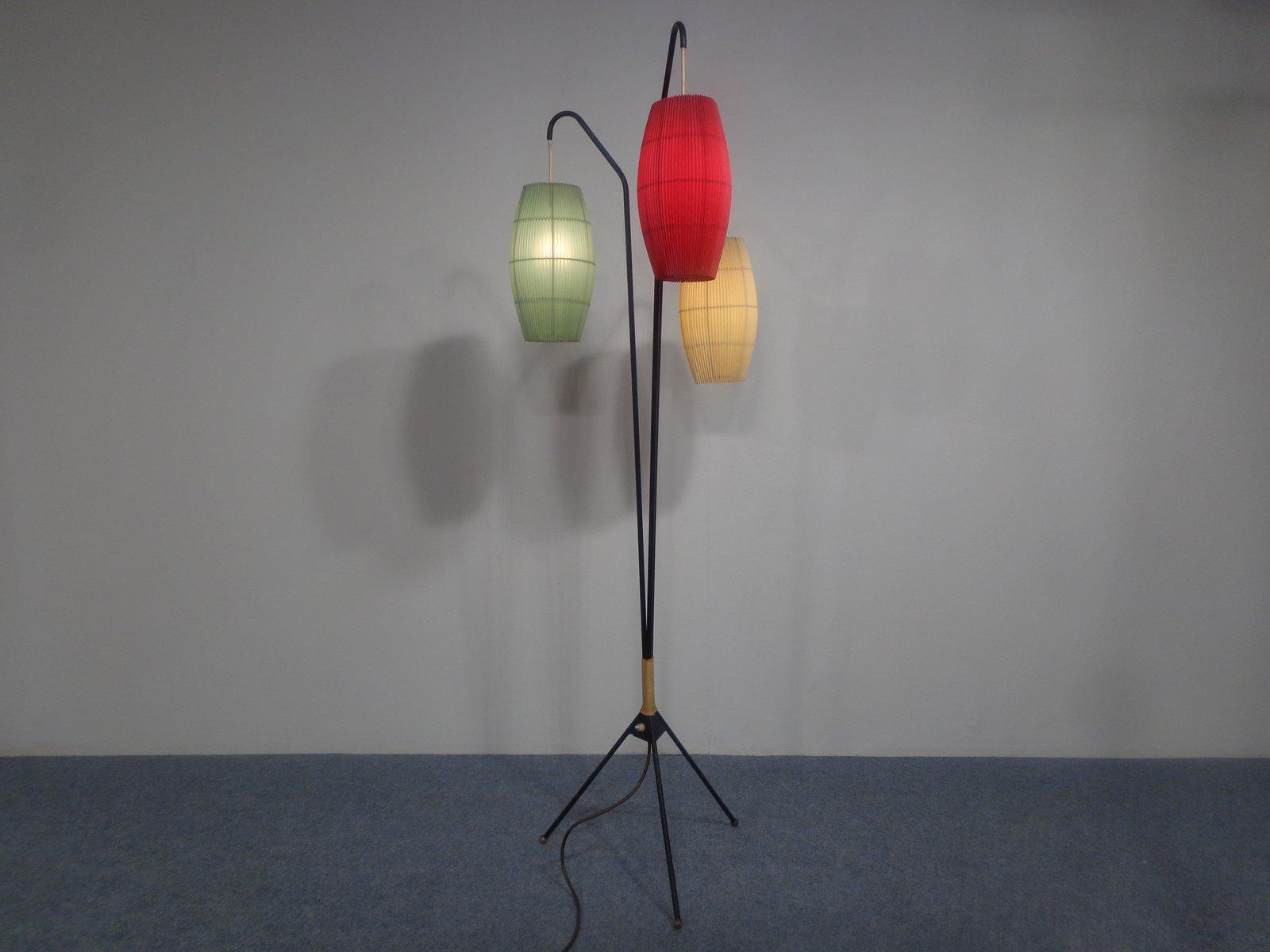 stehlampe mit drei beinen elegante design stehlampe classique 175cm schwarz mit drei zuiver. Black Bedroom Furniture Sets. Home Design Ideas