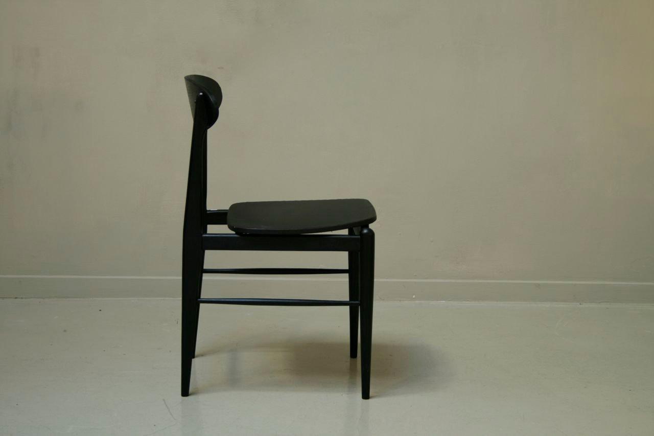 schwarze teak st hle 1955 3er set bei pamono kaufen. Black Bedroom Furniture Sets. Home Design Ideas