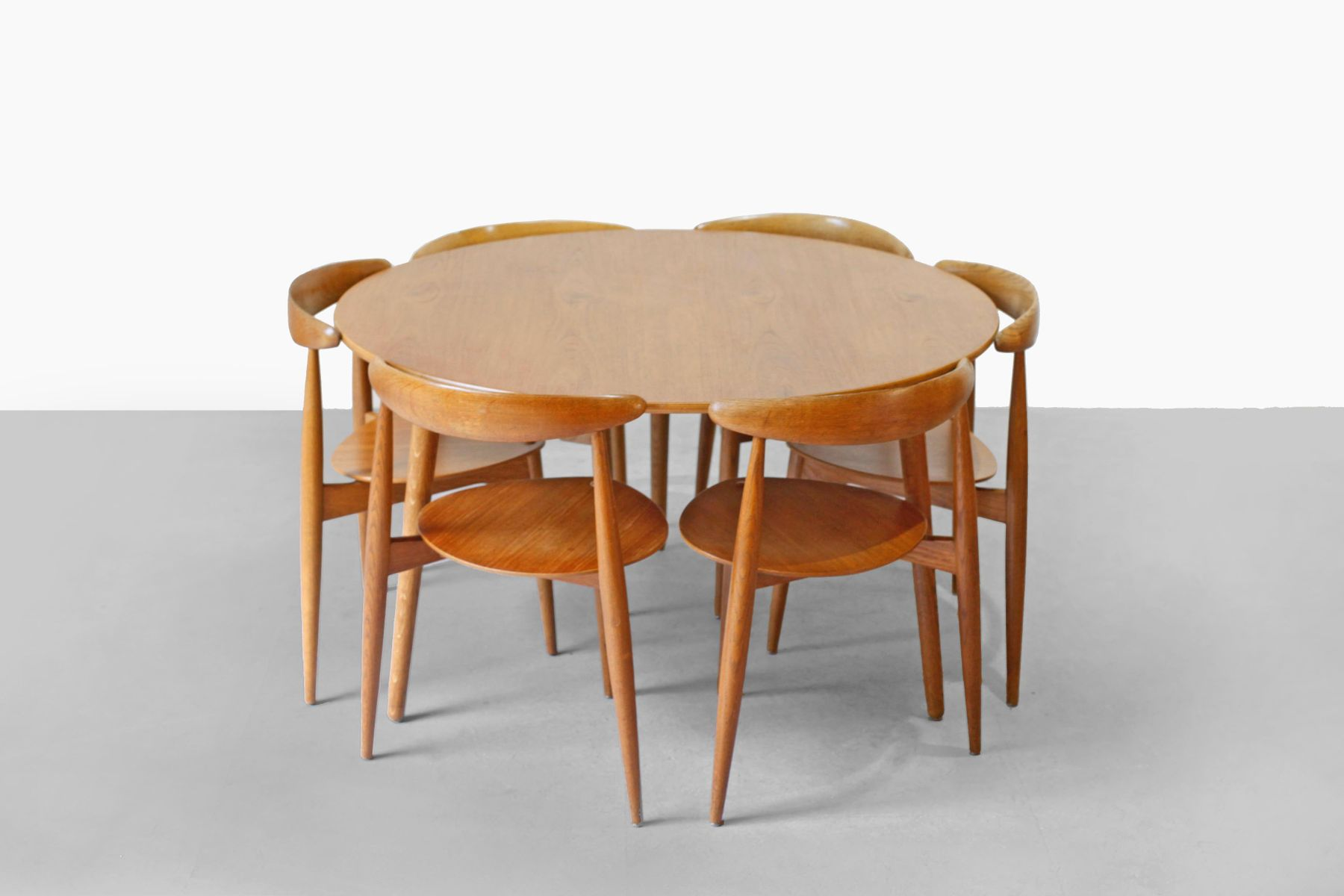 teak dining room set by hans wegner for fritz hansen 1952