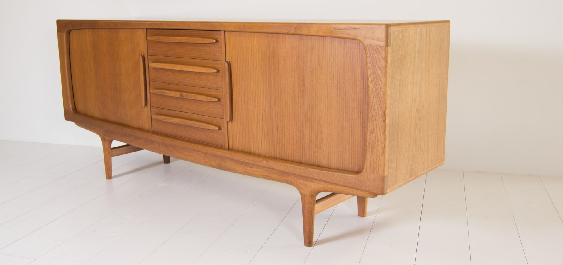 vintage sideboard mit 4 schubladen von bramin 1960er bei pamono kaufen. Black Bedroom Furniture Sets. Home Design Ideas