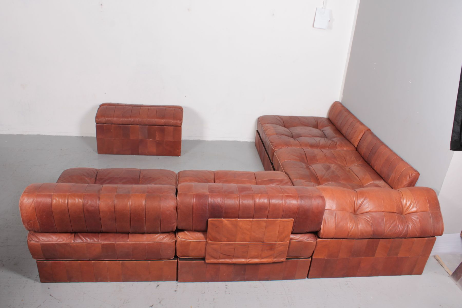 ds88 cognac leather modular sofa from de sede 1975 for sale at pamono. Black Bedroom Furniture Sets. Home Design Ideas