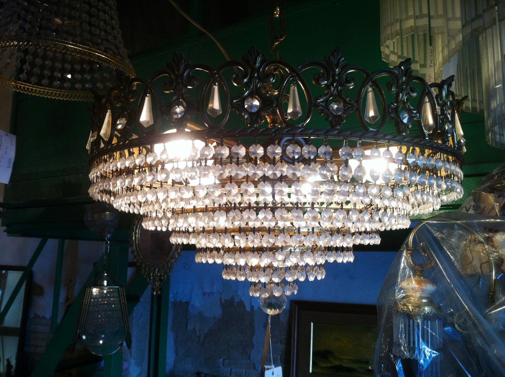 chandelier swarovski vintage en cristal autriche 1980s. Black Bedroom Furniture Sets. Home Design Ideas