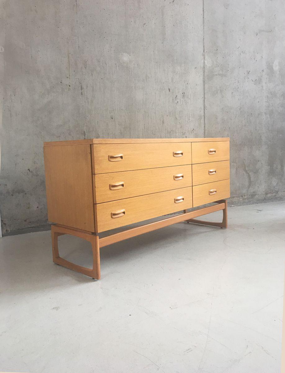 mid century eichenholz kommode von g plan bei pamono kaufen. Black Bedroom Furniture Sets. Home Design Ideas