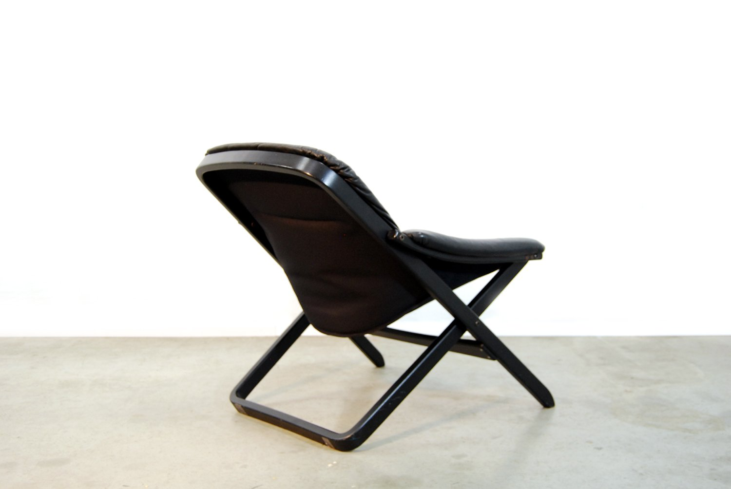 swedish black arm chair by g te m bel 1980s for sale at. Black Bedroom Furniture Sets. Home Design Ideas