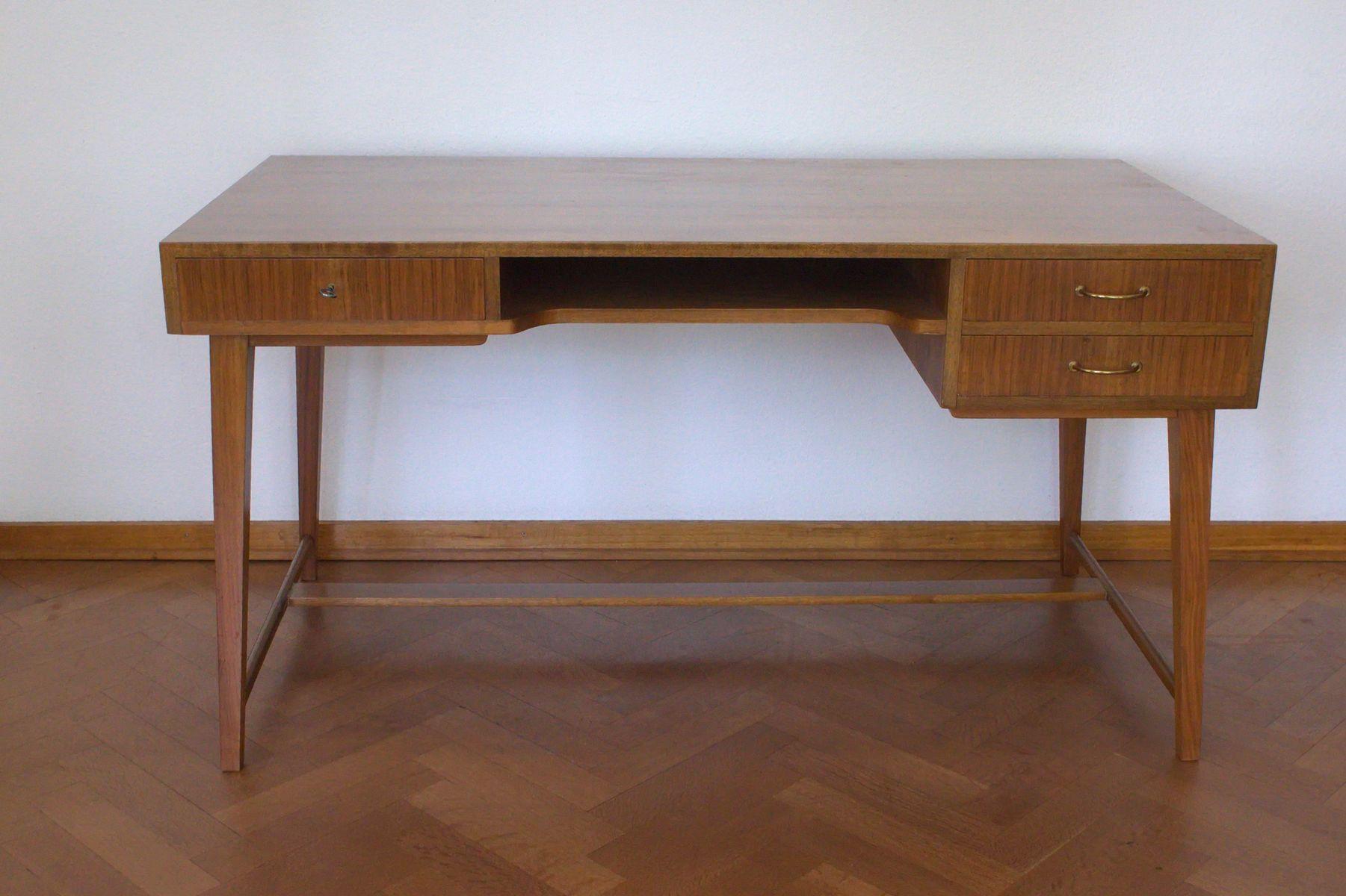 mid century nussholz schreibtisch von georg satink f r wk m bel 1950er bei pamono kaufen. Black Bedroom Furniture Sets. Home Design Ideas