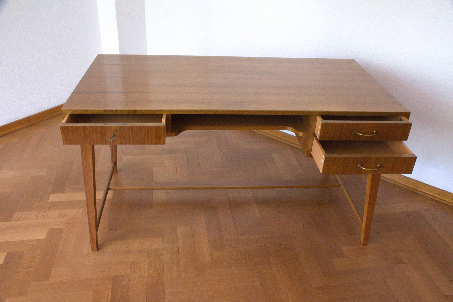 mid century walnut desk by georg satink for wk m bel. Black Bedroom Furniture Sets. Home Design Ideas