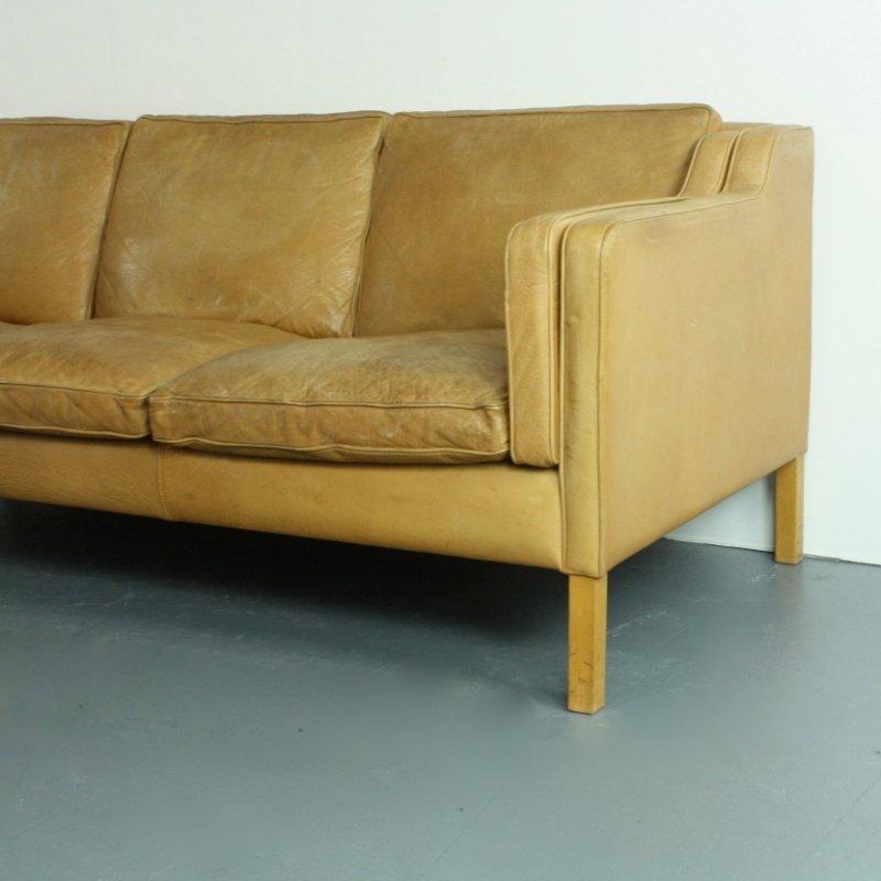 Drei sitzer sofa aus hellbraunem leder von stouby bei for Sofa aus leder
