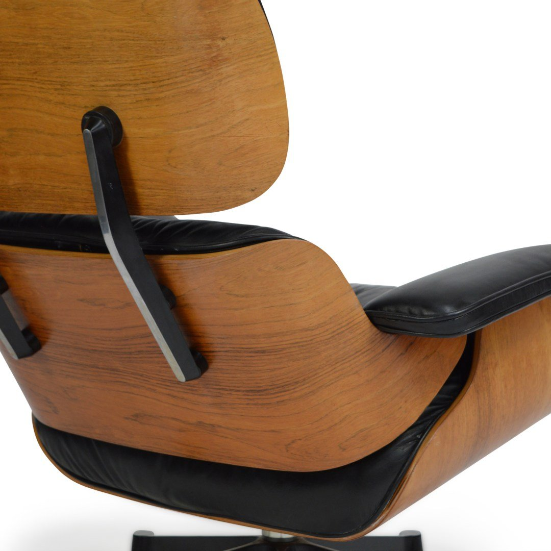 lounge chair with ottoman by charles ray eames for. Black Bedroom Furniture Sets. Home Design Ideas