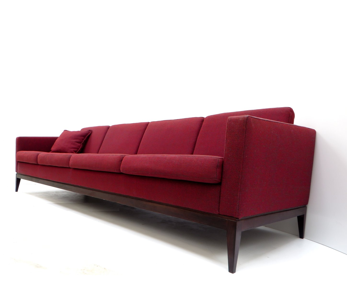 Large vintage burgundy four seater sofa for sale at pamono for Sofa 7 seater