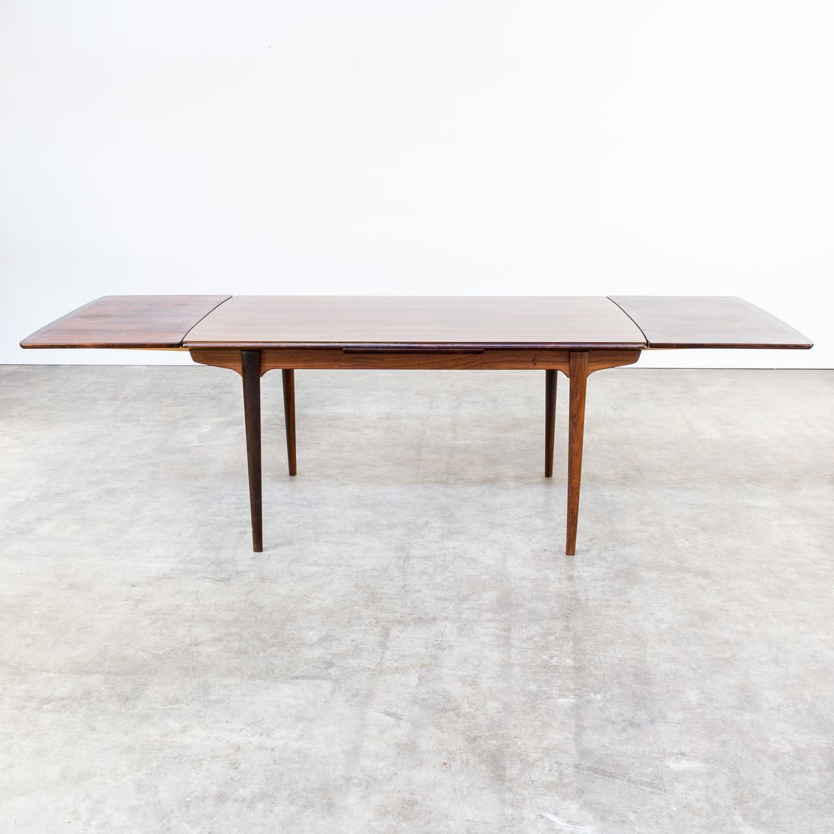 Mid Century Rosewood Extendable Dining Table 1960s for  : mid century rosewood extendable dining table 1960s 6 from www.pamono.co.uk size 1200 x 1200 jpeg 87kB