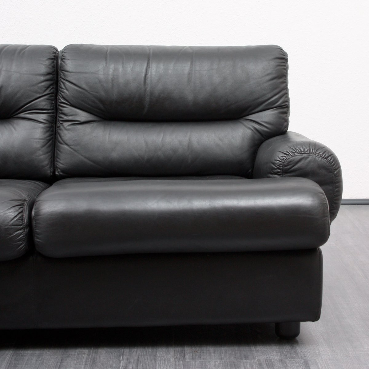 Vintage black leather lounge sofa 1970s for sale at pamono for Sofa lounge