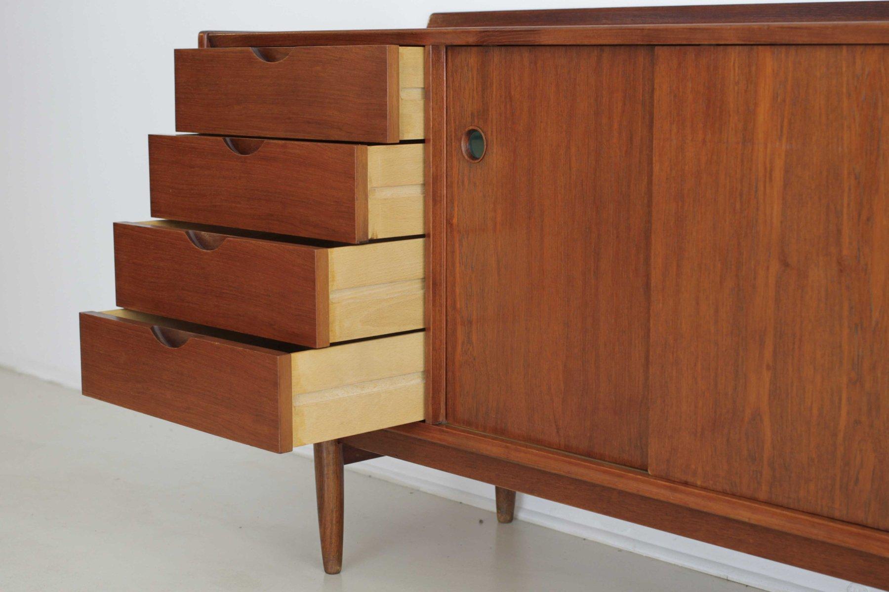 Gro es skandinavisches teak sideboard 1960er bei pamono for Skandinavisches sideboard