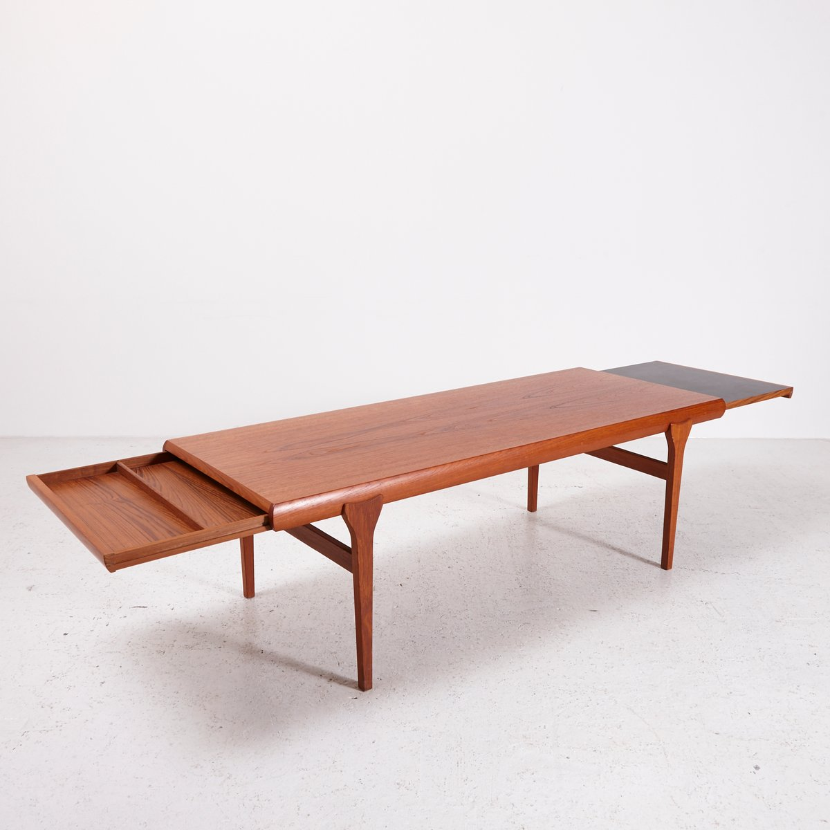 Teak Coffee Table By Johannes Andersen For Cfc Silkeborg 1960s For Sale At Pamono