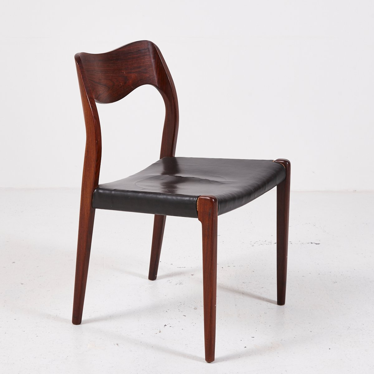 Mid Century Model 71 Rosewood Chairs By Niels O. Møller For J.L. Møllers,  Set Of 4 For Sale At Pamono