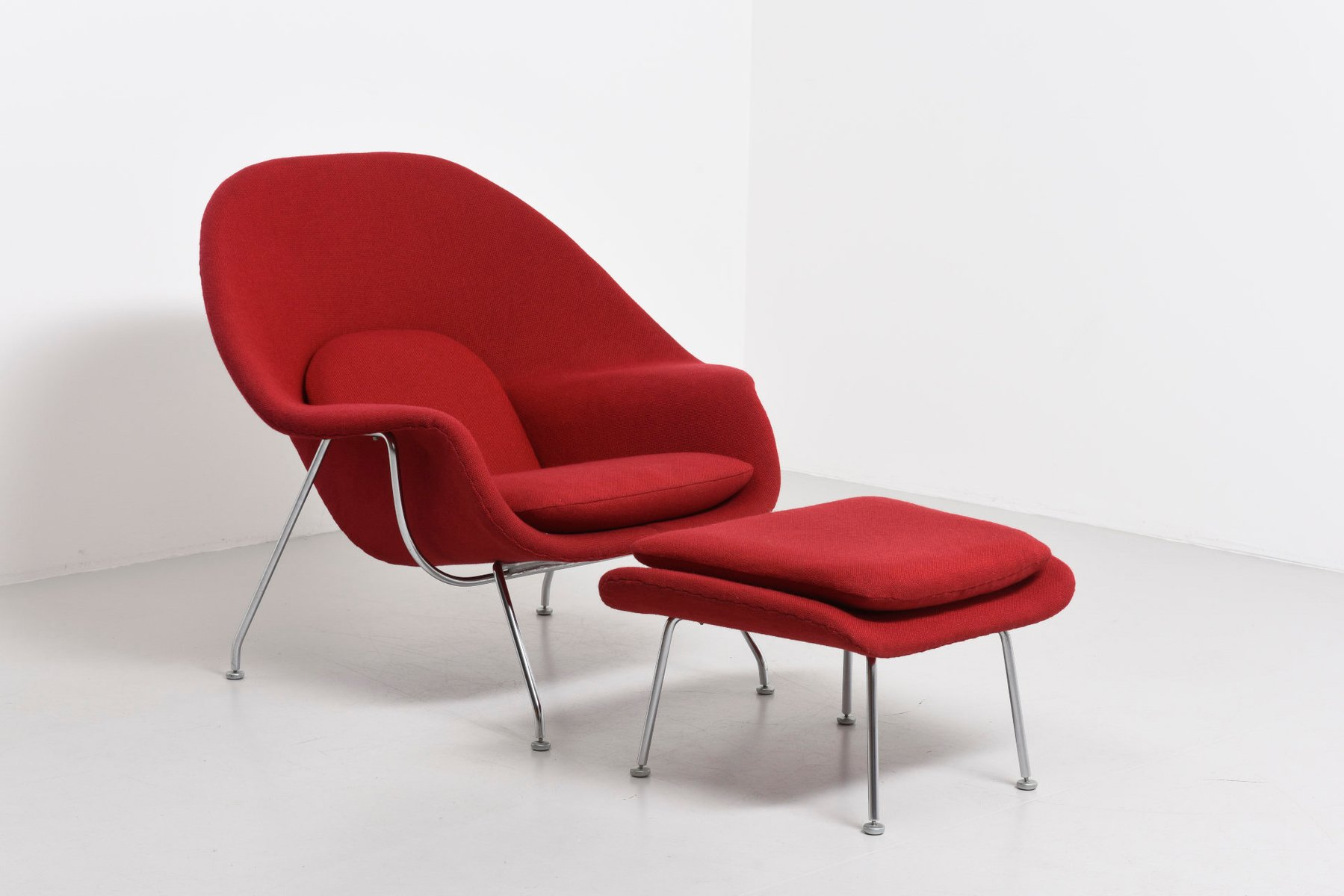 Vintage Womb Chair with Ottoman by Eero Saarinen for Knoll for