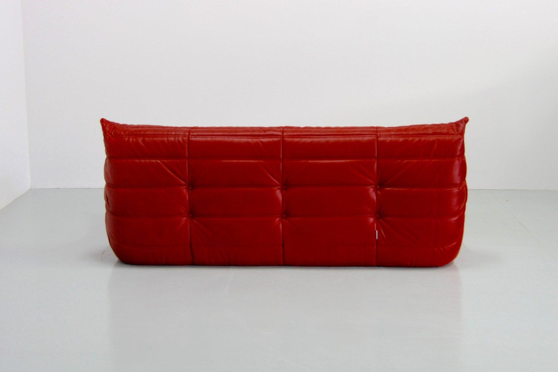 rotes vintage togo ledersofa von michel ducaroy f r ligne roset bei pamono kaufen. Black Bedroom Furniture Sets. Home Design Ideas