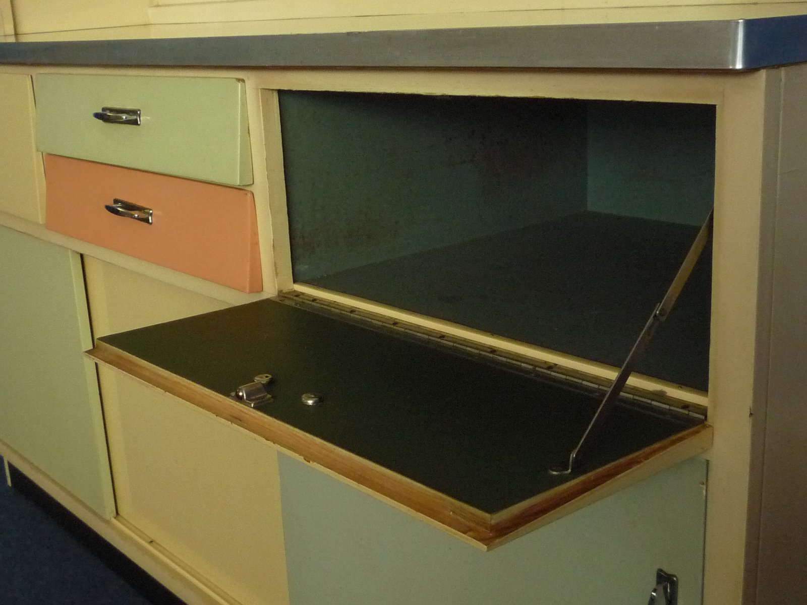 German kitchen cabinet 1950s for sale at pamono for 1950 kitchen cabinets for sale