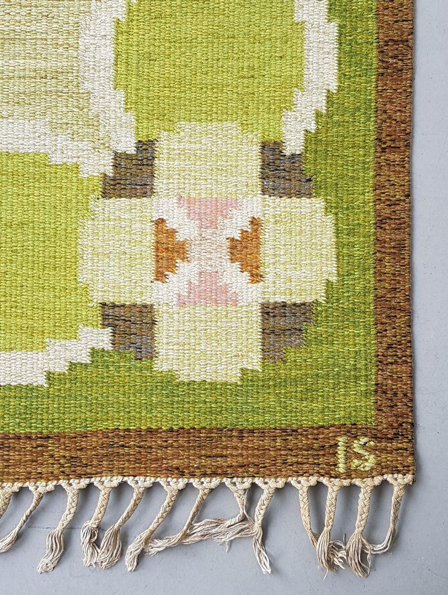 schwedischer gr ner vintage r lakan flachgewebe teppich von ingegerd silow bei pamono kaufen. Black Bedroom Furniture Sets. Home Design Ideas