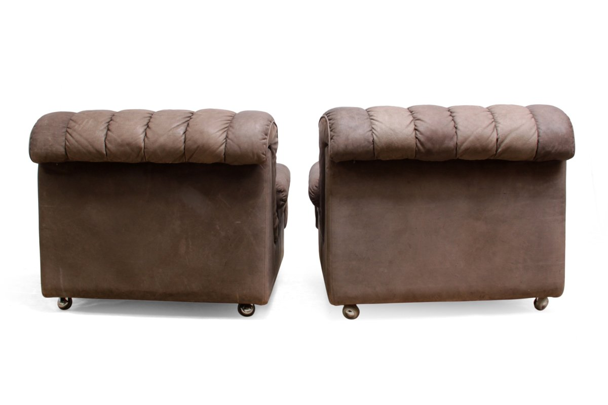Mid Century Leather Lounge Chairs Set of 2 for sale at Pamono