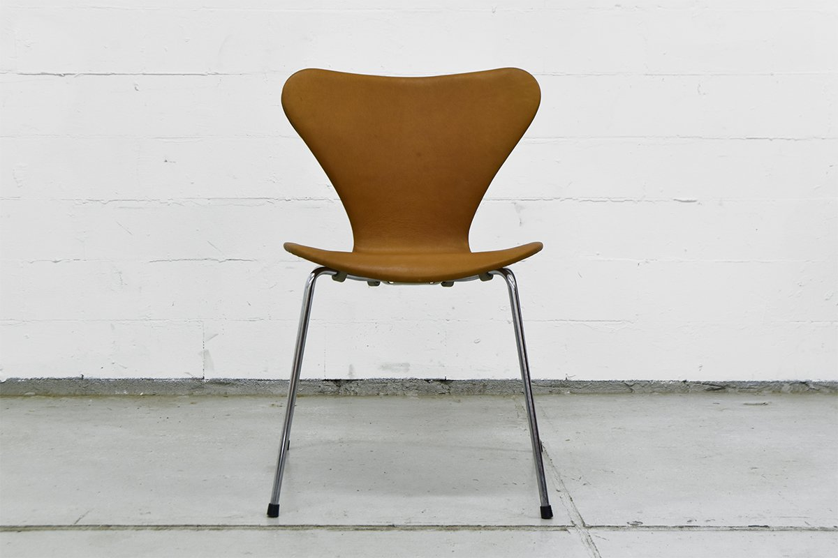 Vintage series 7 chairs by arne jacobsen for fritz hansen for Arne jacobsen nachbau
