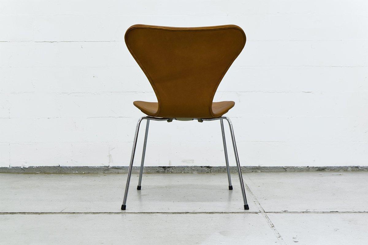 vintage series 7 chairs by arne jacobsen for fritz hansen. Black Bedroom Furniture Sets. Home Design Ideas