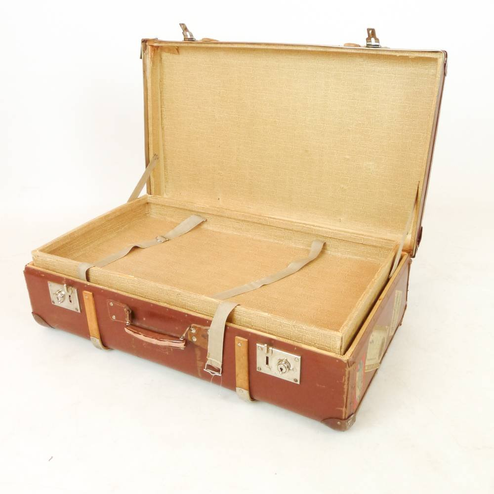 swedish vintage suitcase for sale at pamono. Black Bedroom Furniture Sets. Home Design Ideas