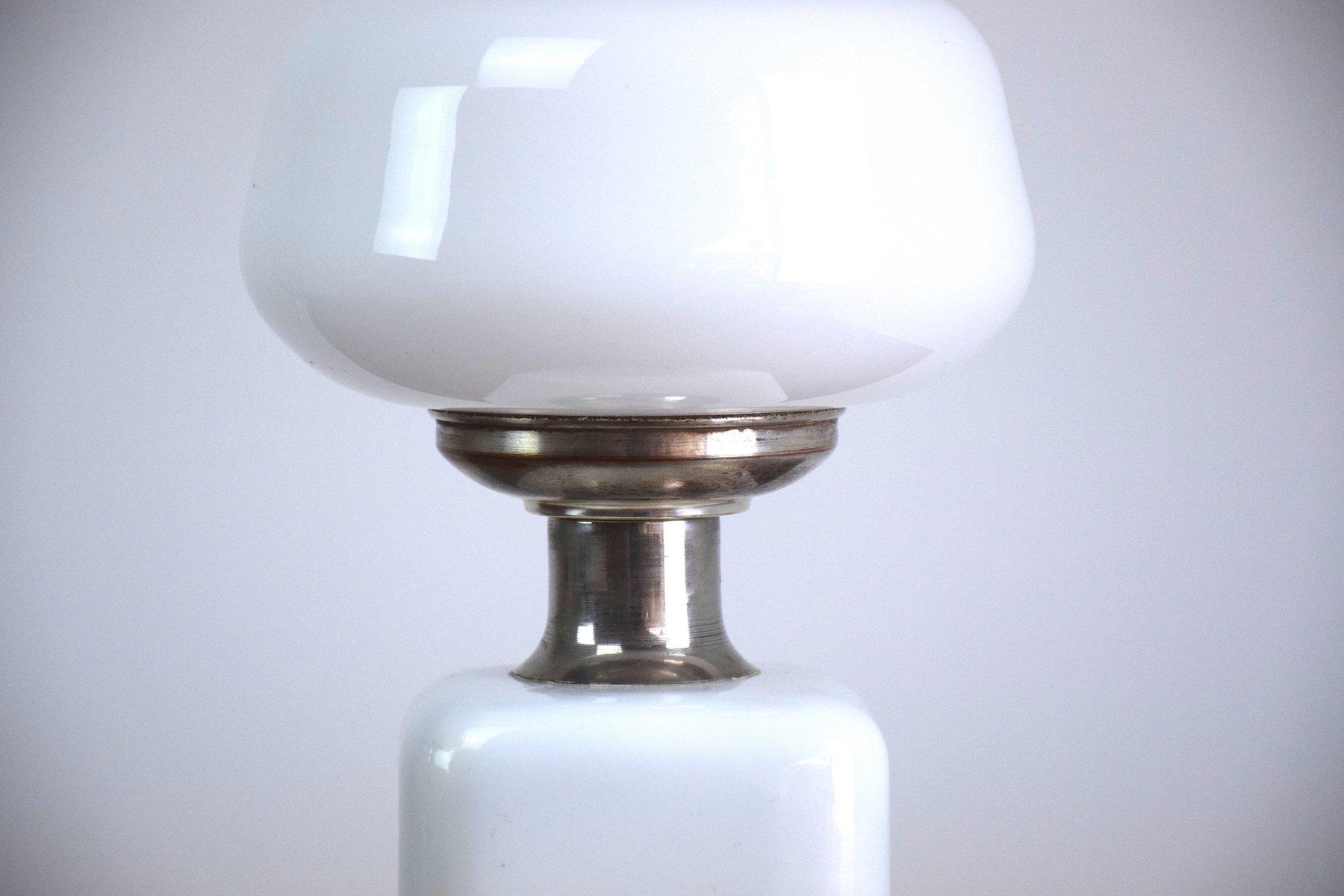 Weisse glas mid century mushroom tischlampe 1970er bei for Wei es glas