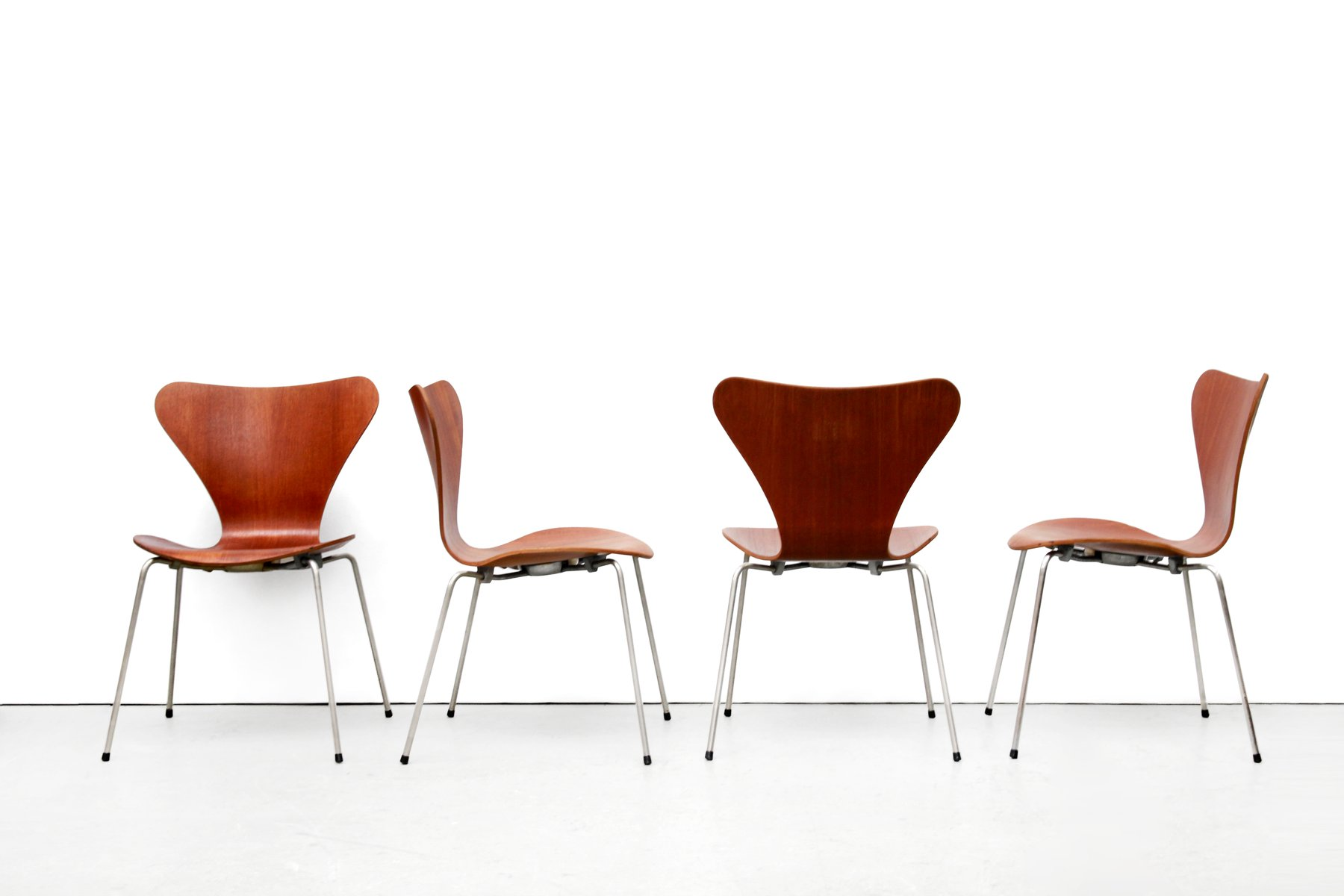 Danish FH3107 Butterfly Teak Plywood Chairs by Arne Jacobsen for Fritz  Hansen, 1950s, Set of 4
